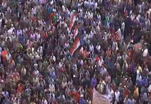 مشاهد من ميدان التحرير في القاهرة