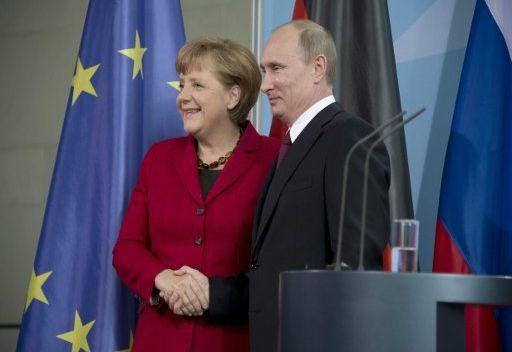 بوتين وميركل سيجريان مشاورات في موسكو يوم 16 نوفمبر/تشرين الثاني الجاري