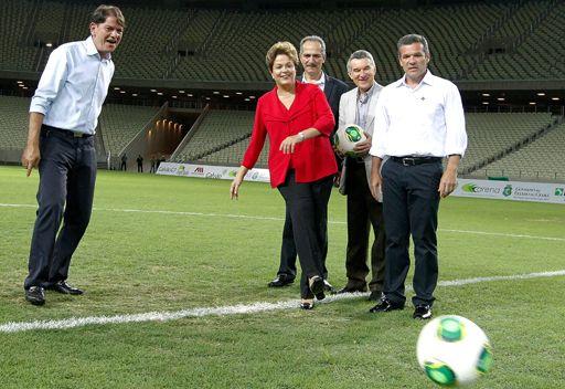 رئيسة البرازيل تثق باستضافة بلادها لمونديال تاريخي