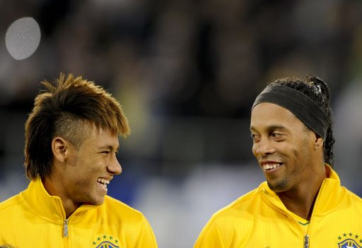 نيمار يفوز بجائزة أفضل لاعب برازيلي لعام 2012 7e1d4b5d01804391d48a
