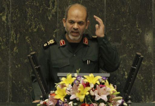 وزير الدفاع الايراني: نشر الباتريوت قرب الحدود السورية سيضر بأمن تركيا