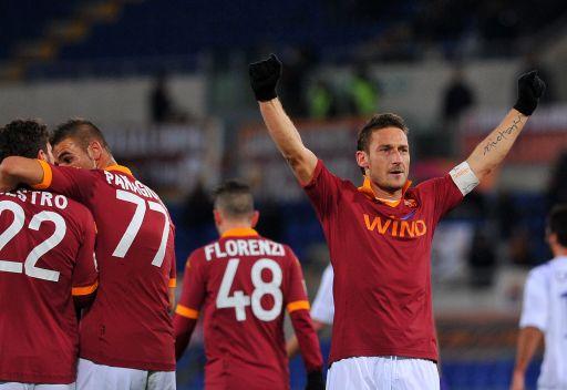 الدوري الإيطالي... روما يكتسح فيورنتينا برباعية ويتقدم للمربع الذهبي