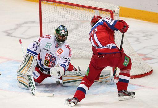 روسيا تكتسح التشيك بسداسية في هوكي الجليد