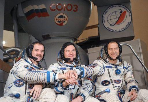 مركز إدارة التحليقات الفضائية الروسي يقوم بتصحيح مدار المحطة الفضائية الدولية