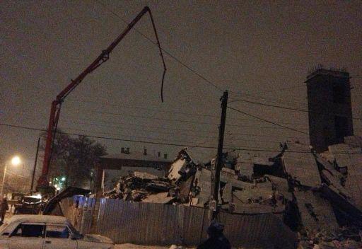 مقتل خمسة أشخاص وإصابة أكثر من 10 آخرين في انهيار مبنى قيد التشييد في جنوب روسيا