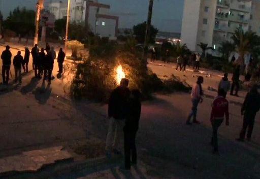 اشتباكات جديدة بين الشرطة والمتظاهرين في مدينة سليانة التونسية