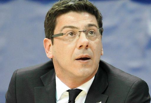 اليوناني كاتسيكاريس مدرباً لمنتخب روسيا لكرة السلة