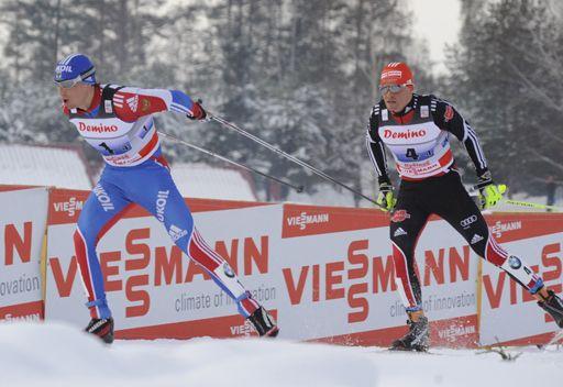 الروسي ليخكوف يحرز ذهبية 10 كلم للتزلج