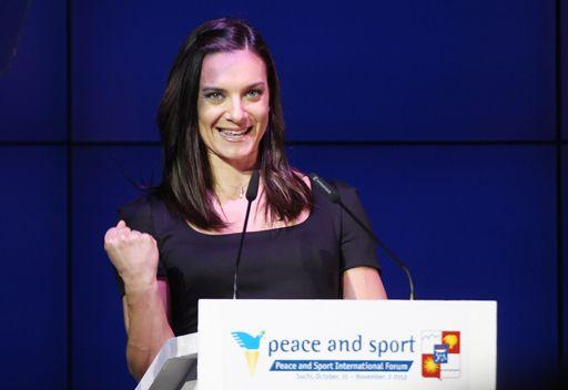 إيسنباييفا عمدة للقرية الرياضية في أولمبياد سوتشي 2014