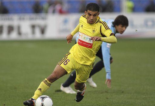 زينيت يعرض 40 مليون يورو لضم المغربي مبارك بوصوفة