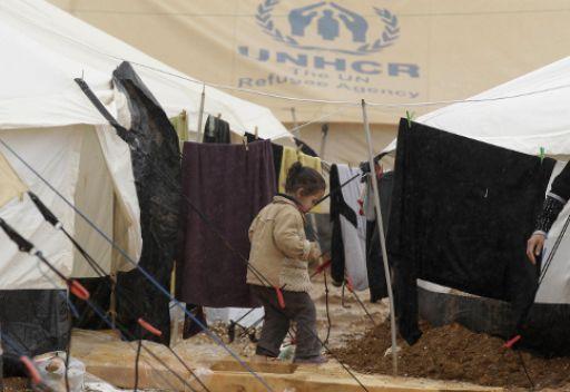الامم المتحدة: عدد اللاجئين السوريين في دول الجوار يصل الى اكثر من 700 الف