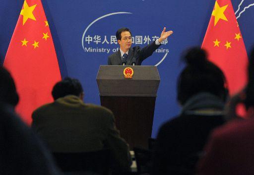 الخارجية الصينية: على أطراف النزاع  في سورية الالتزام بالخطة المشتركة للتسوية السلمية للأزمة بالبلاد