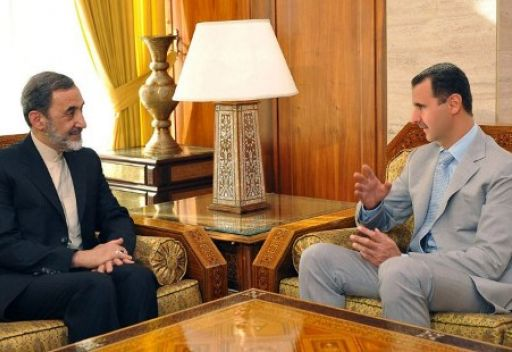 الأسد وولايتي.. صورة أرشيفية