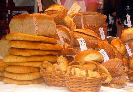 أردوغان: ثمن الخبز المهدور بتركيا يكفي لبناء 500 مدرسة