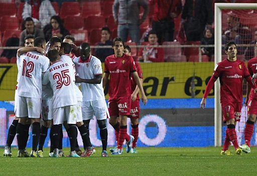 اشبيلية يبلغ ربع نهائي كأس إسبانيا رغم الهزيمة