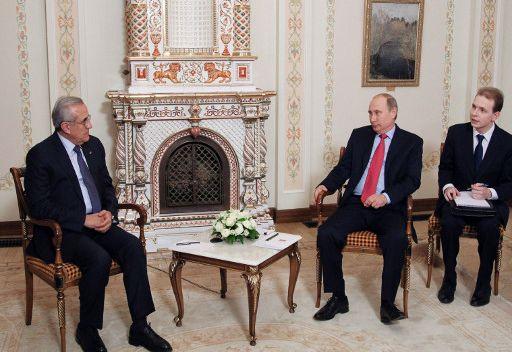 بوتين: موسكو مستعدة لاستقبال مؤتمر دولي حول قضية اللاجئين السوريين
