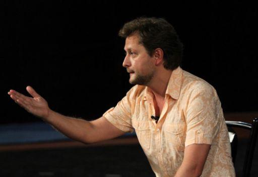 المدير الفني لمسرح بوشكين يعلن عن بدأ حملة تعديلات تدريجية للمسرح