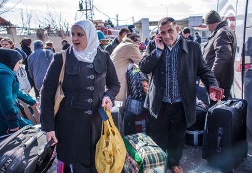 77 مواطنا روسيا يعودون الى موسكو من سورية