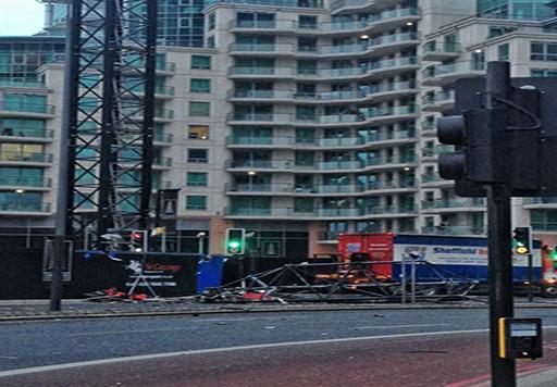 قتيلان وجريحان في حادث اصطدام مروحية برافعة في وسط لندن