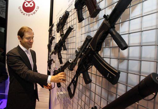 ولي عهد أبوظبي: السلاح الروسي هو