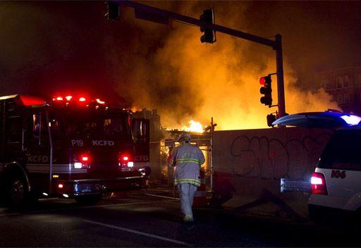 امريكا...إصابة 14 شخصا نتيجة حريق شب بسبب انفجار الغاز