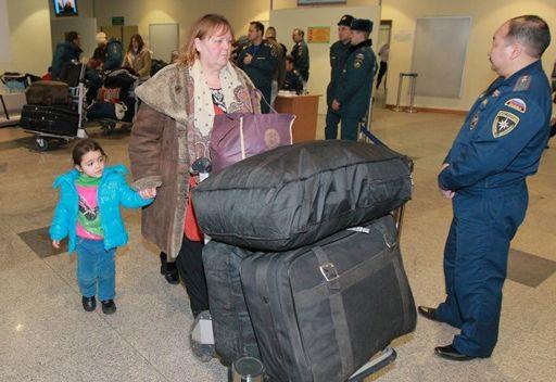 وصول 99 شخصا من مواطني روسيا وبعض بلدان رابطة الدول المستقلة من سورية إلى موسكو على متن طائرة روسية