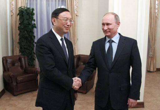 وزير الخارجية الصيني يبحث مع بوتين التحضير لزيارة الرئيس الصيني إلى موسكو