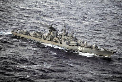 سفينة روسية تبدأ بمهمة حراسة قافلة من السفن في بحر العرب