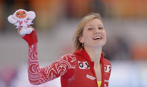 الروسية فاتكولينا تنال برونزية العالم في التزحلق على الجليد 500 متر