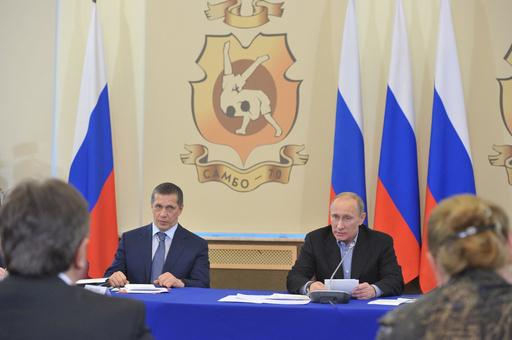 بوتين يؤكد على ضرورة بقاء المصارعة في أجندة الألعاب الأولمبية