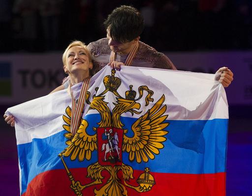 الزوجي الروسي فولوسوجار وترانكوف يتوج بذهبية العالم للتزلج الفني على الجليد