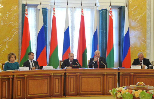 بوتين: يجب ايصال تبادلنا التجاري مع بيلاروس الى 50 مليار دولار