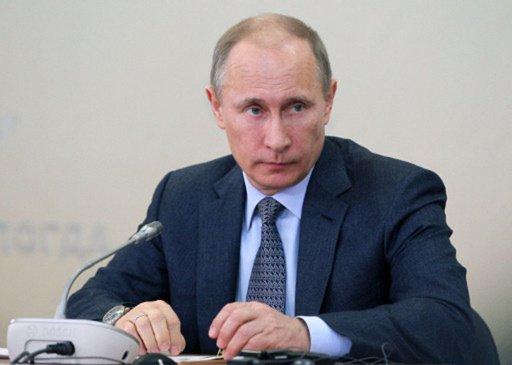 بوتين: صادرات الأسلحة الروسية تبلغ 15 مليارا و200 مليون دولار في 2012