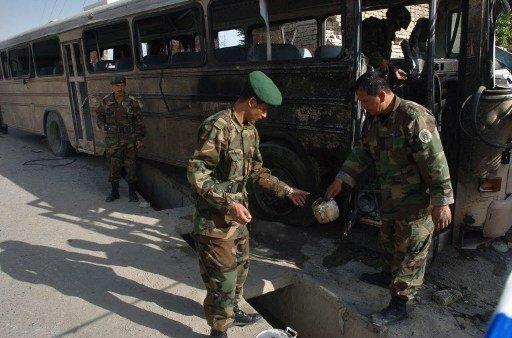 9 قتلى في انفجار عبوة ناسفة بحافلة في افغانستان