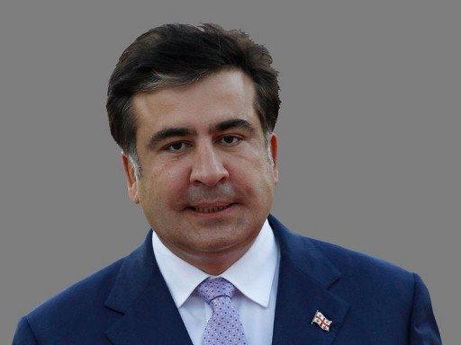 الرئيس الجورجي سقط في تركيا وكسرت احدى يديه