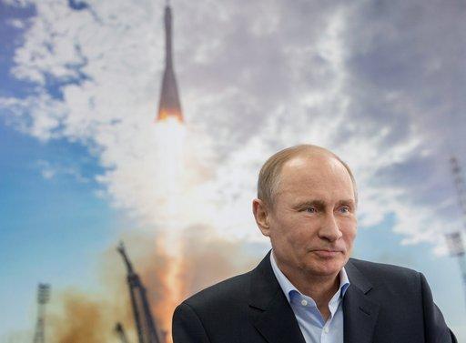 بوتين لا يستبعد استحداث وزارة للفضاء في روسيا