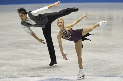 روسيا ترتقي الى المركز الثاني في بطولة العالم للتزلج الإيقاعي على الجليد