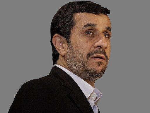 إيرانية تطلب من الرئيس أحمدي نجاد أن يتزوجها