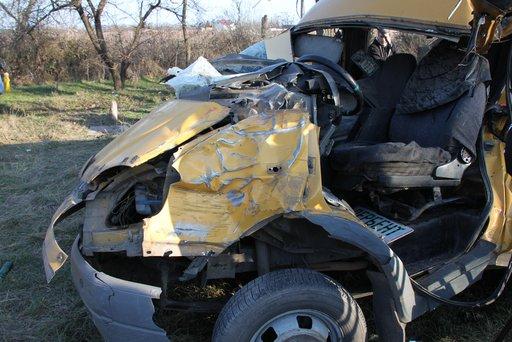 مصرع شخص واحد واصابة 8 آخرين نتيجة انقلاب حافلة في جمهورية داغستان