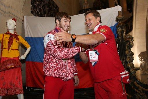 منتخب روسيا يهيمن على بطولة أوروبا لرفع الأثقال