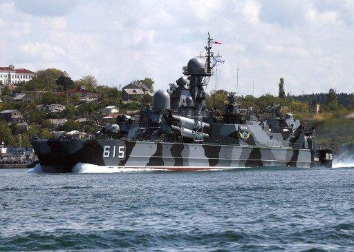 سفينة صواريخ روسية تعمل بالوسادة الهوائية تشارك في معرض اسطنبول الدولي للأسلحة الحديثة
