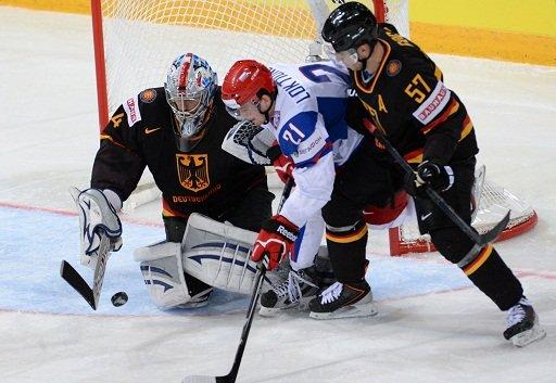 روسيا تحقق فوزها الثاني في بطولة العالم للهوكي