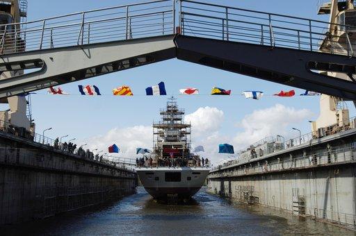 روسيا تنوي تزويد أسطول البحر الاسود بسفن حربية حديثة