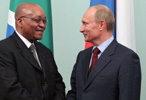 بوتين يبحث القضايا العالمية والاقليمية مع رئيس جنوب أفريقيا في سوتشي غدا