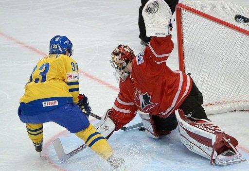 المنتخب السويدي يكمل أضلاع المربع الذهبي لمونديال الهوكي