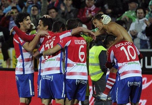 الفريق الأندلسي غرناطة يضمن البقاء في دوري الأبطال