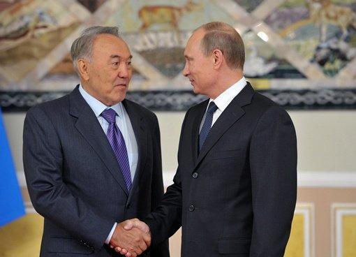 بوتين: العلاقات بين روسيا وكازاخستان تتطور بسرعة وفاعلية