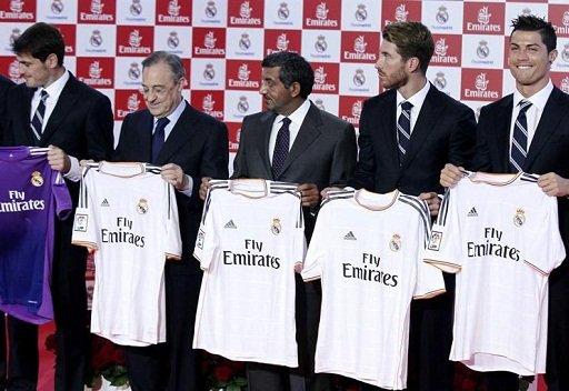 ريال مدريد يضع شعار طيران الإمارات حتى 2018