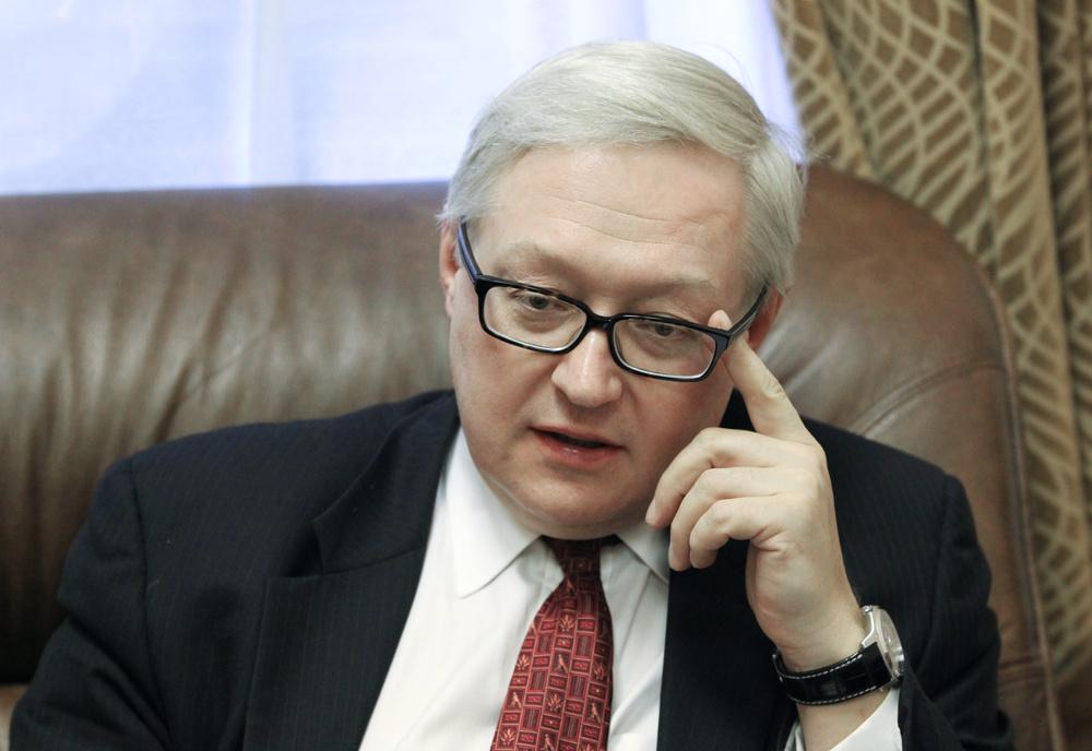 موسكو تنتقد القرار الأوروبي حول تسليح المعارضة.. وتحذر من احتمال عدم عقد مؤتمر