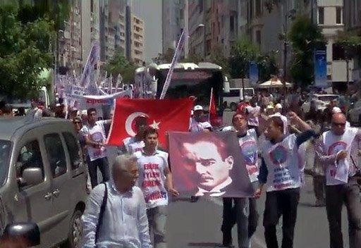 استمرار الاحتجاجات في تركيا وحملة على مواقع التواصل الاجتماعي